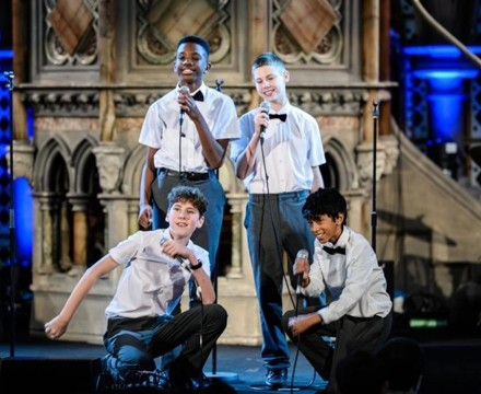 St mary magdalene academy islington london christmas service at union chapel a fantastic performance of let it snow